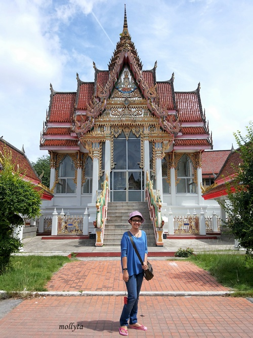 Lokasi : Hat Yai Nai Temple, Thailand