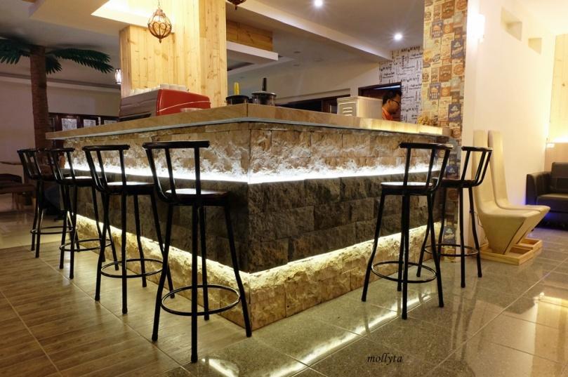 Kursi bar Kafe Potret Medan