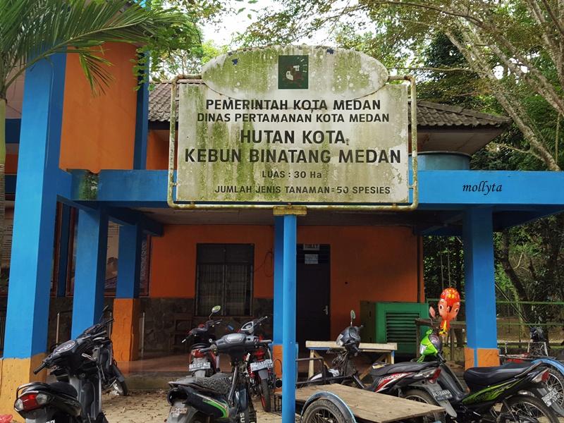 Hutan kota Kebun Binatang Medan