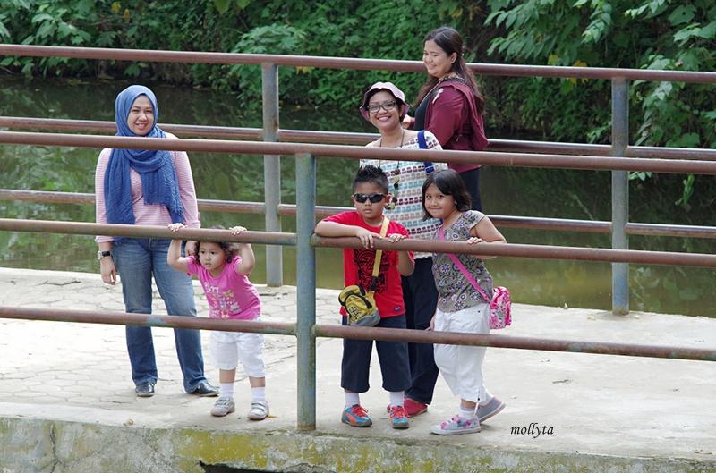 Jembatan di Kebun Binatang Medan