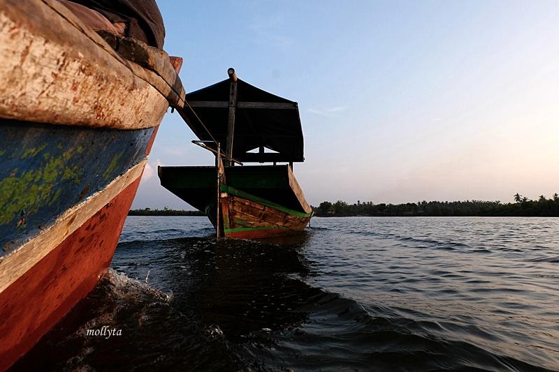 Perahu mogok