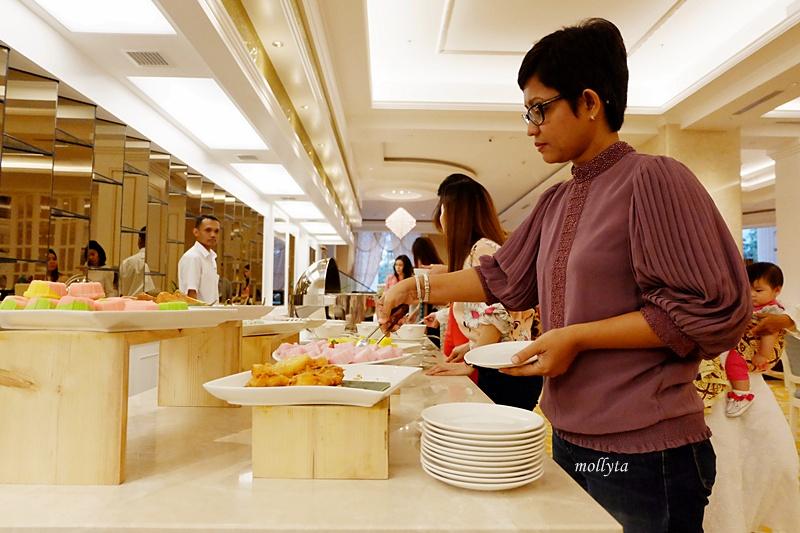 Buka puasa di Cafe De Palmo Adimulia Hotel Medan