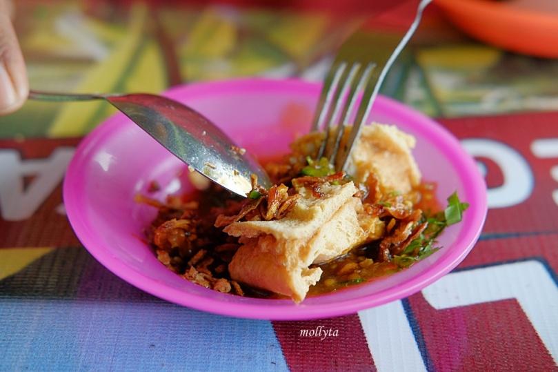 makan tahu balik Binjai di Pondok Surya