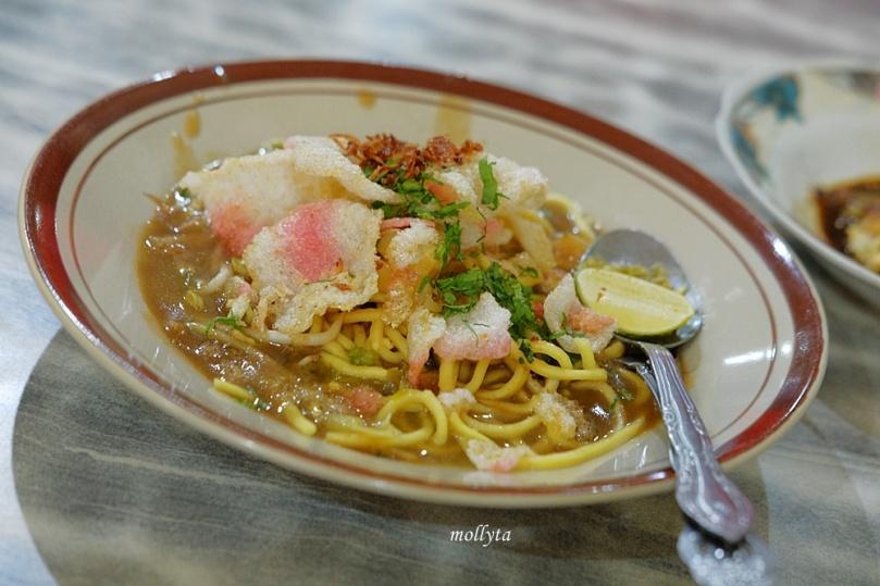 mie rebus spesial di Kedai Kopi Restu Tanjung Pura