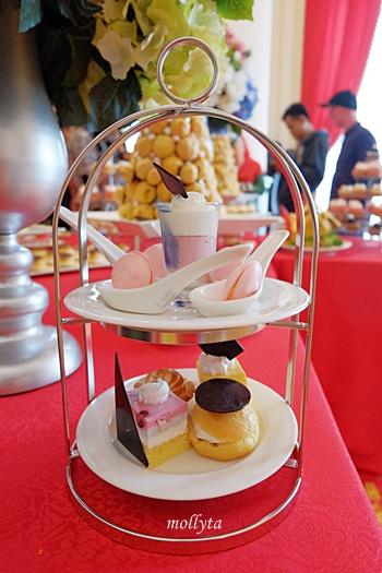 Menu untuk High Tea di Adimulia Hotel Medan
