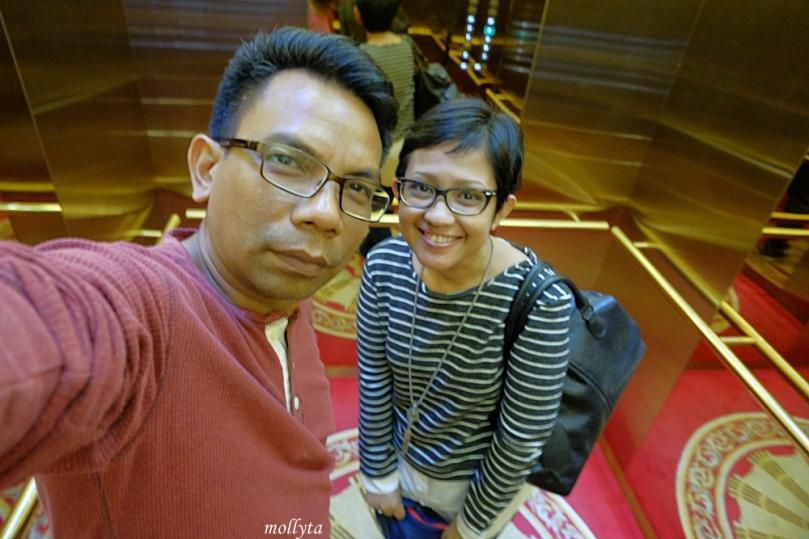 Lift Adimulia Hotel Medan