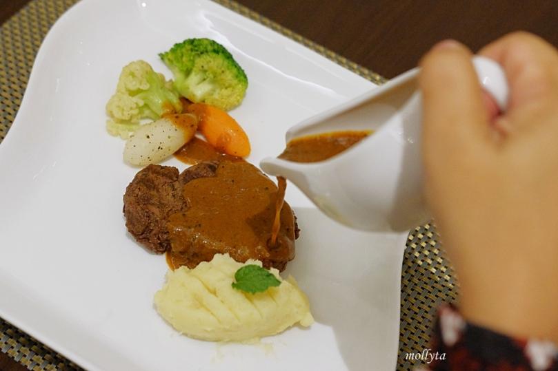 New Zealand Beef Sirloin di Cafe de Palmo