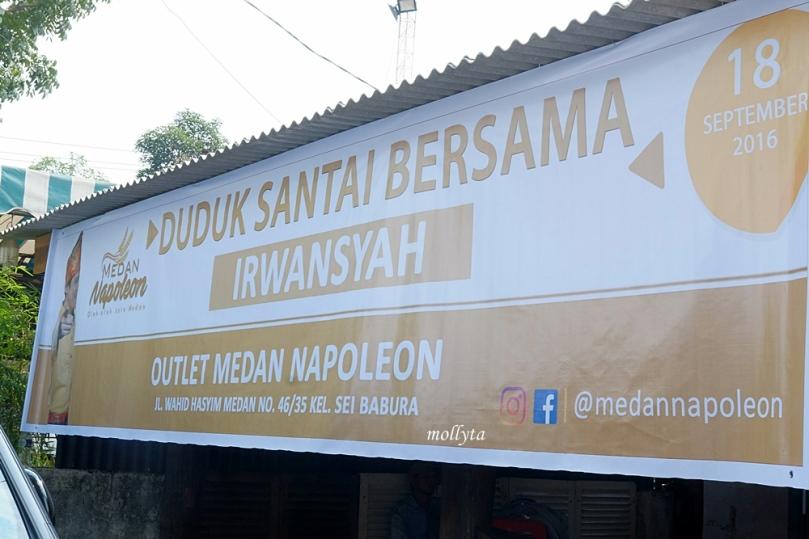 Medan Napoleon Oleh-oleh kota Medan