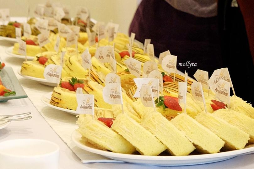 Lima varian rasa Medan Napoleon cake