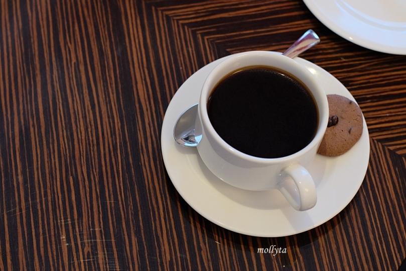 Black coffee di Adimulia Hotel Medan