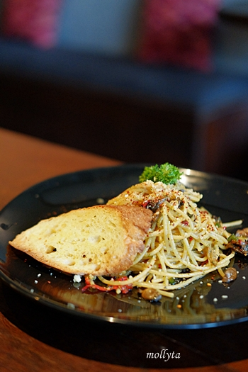 Spaghetti Aglio Olio di Coffeenatics