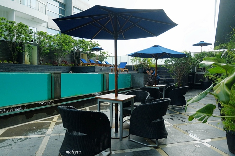 Pool area di Grand Swiss-Belhotel Medan