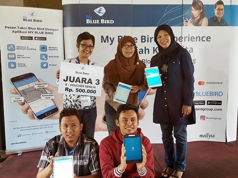 Juara ketiga lomba Jelajah Kota Medan menggunakan aplikasi My Blue Bird