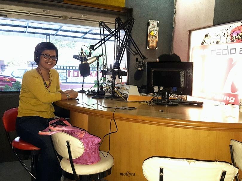 Wawancara di radio