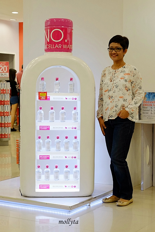 Berfoto di Giant Bottle Bioderma Sensibio H2O Guardian Medan