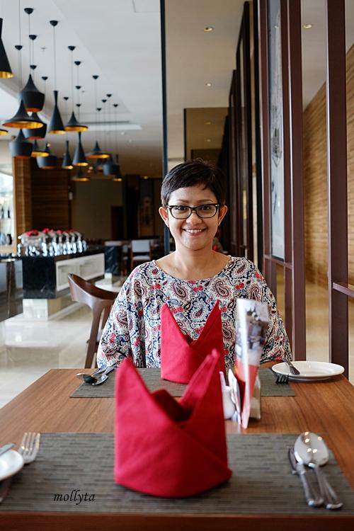 Di Andaliman Restaurant Hotel Grandhika Medan