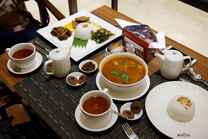 Dinner di Andaliman Restaurant Hotel Grandhika Medan