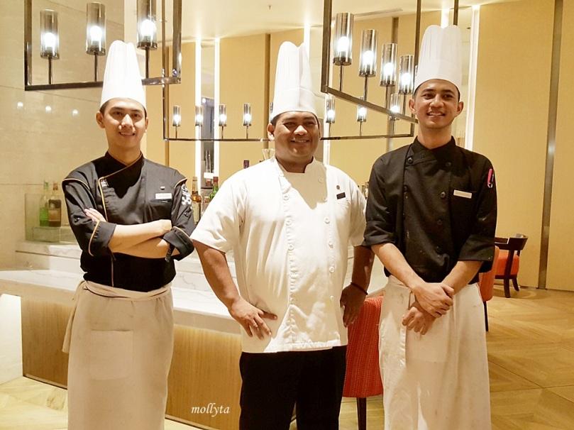 para chef di Orchid Restaurant Medan