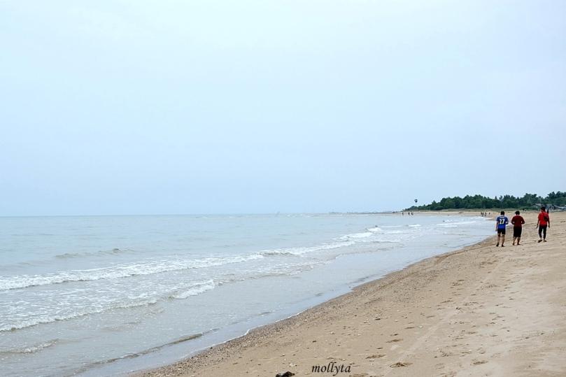Pantai Nepa di Desa Batioh Kabupaten Sampang Madura