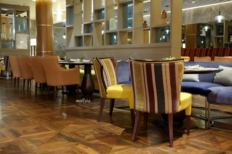 Interior di Orchid Restaurant Medan