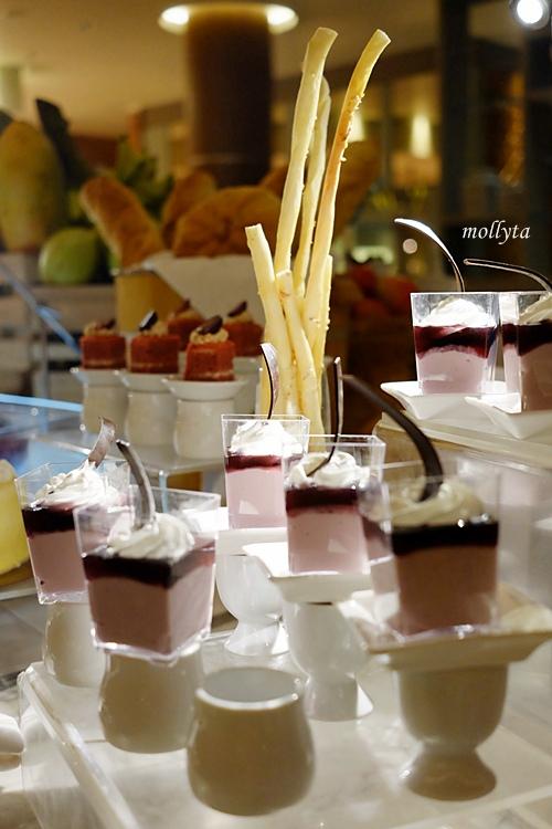 dessert di Orchid Restaurant Medan