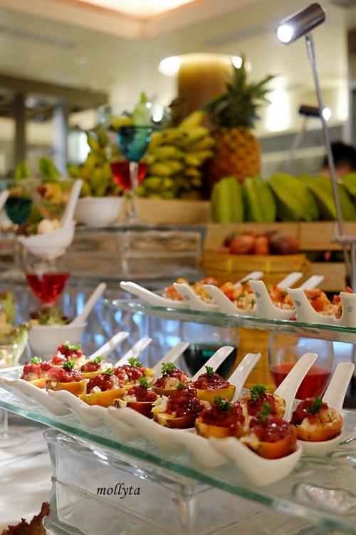 pilihan menu di Orchid Restaurant