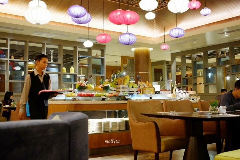 suasana di Orchid Restaurant Medan