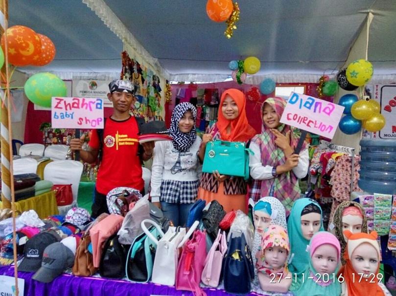 Stand Pameran Produk UMKM Se-Kecamatan Gayam di FBU 2016