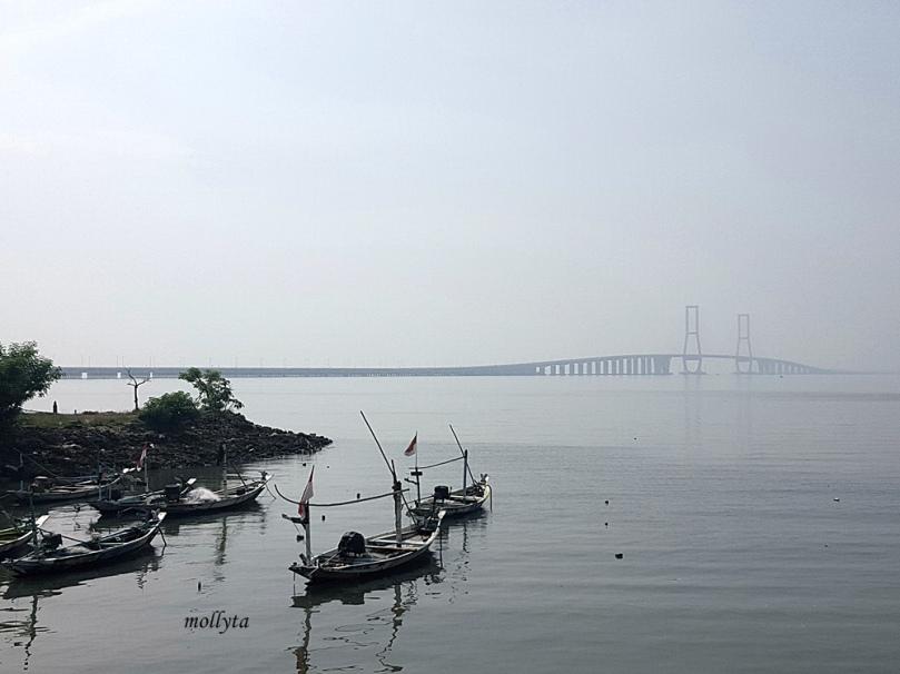Jembatan Suramadu sisi Madura