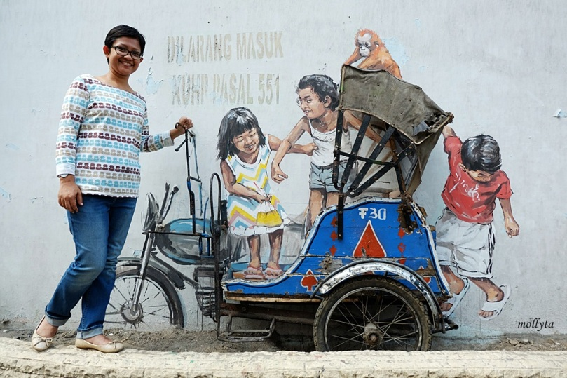 Mural lukisan Ernest Zacharevic di Medan
