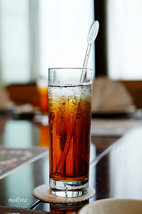 Ice tea di The Kitchen Aryaduta Medan