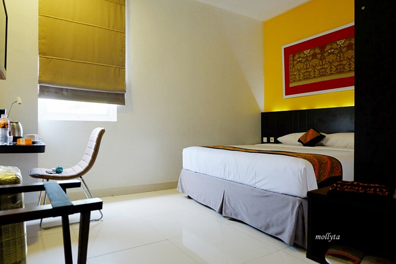mar J Hotel Bandara Soekarno Hatta