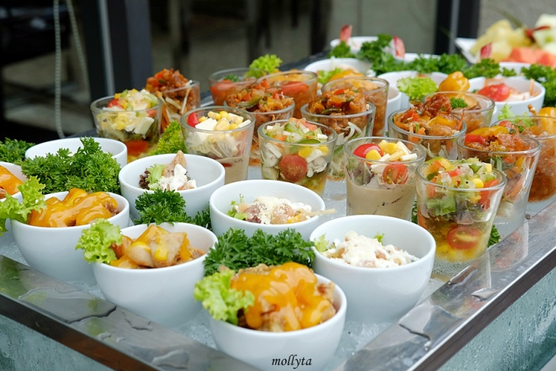 Salad and appetizers di Aryaduta Medan
