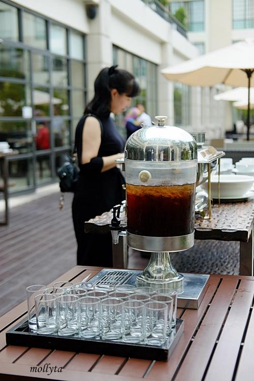 Ice tea Barefoot BBQ buffet Menu Aryaduta Medan