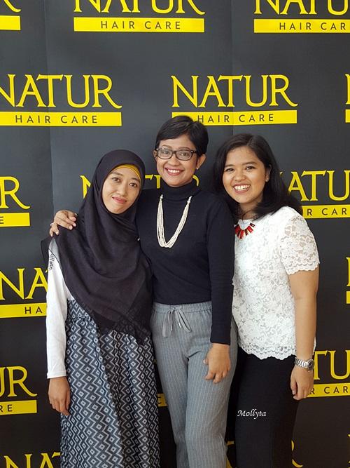 Bersama teman blogger Medan di acara Natur Hair Beauty Dating