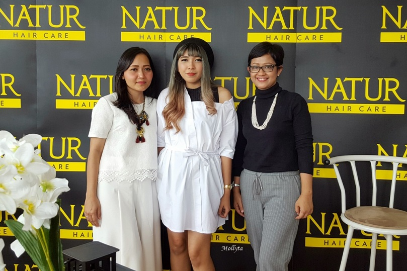 Narasumber di acara Natur Hair Beauty Dating Medan