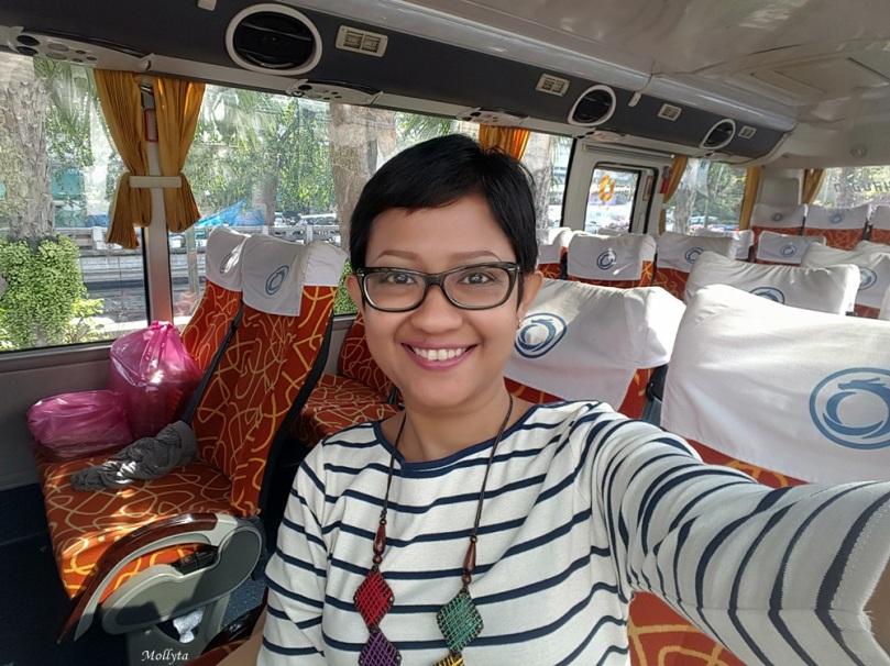 Bus wisata di Bangkok