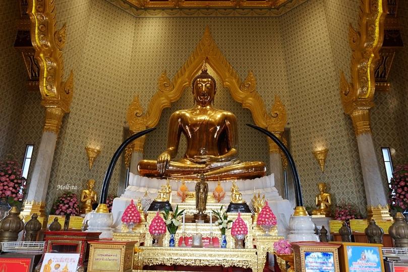 Wat Traimit Wittayaram atau patung Golden Buddha di Bangkok