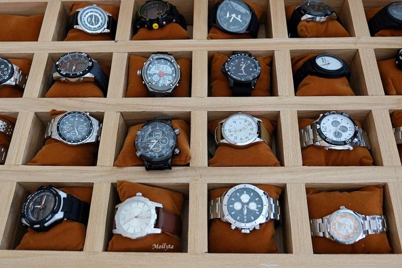 Koleksi jam tangan Sophie Paris Medan