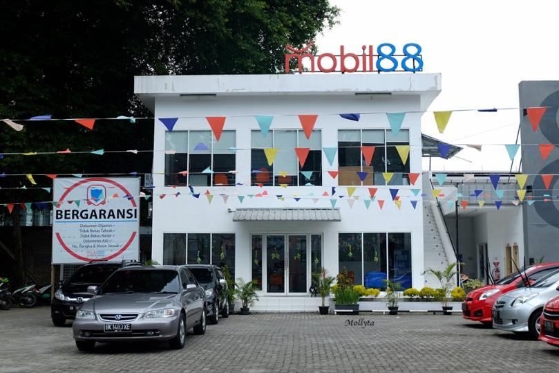 Dealer mobil88