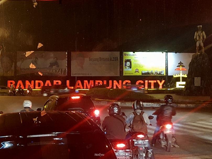 Bandar Lampung di malam hari