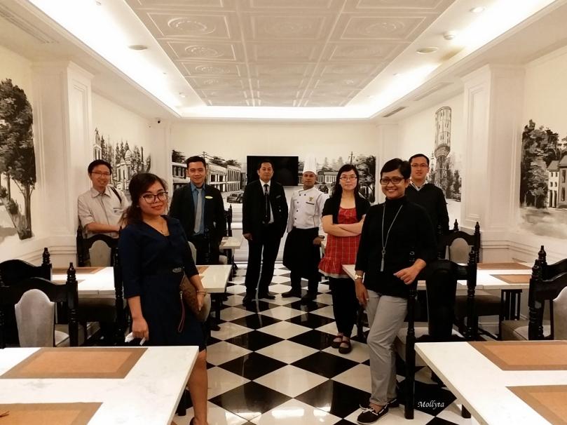 Foto bersama usai memotret menu terbaru di Le Polonia Hotel Medan