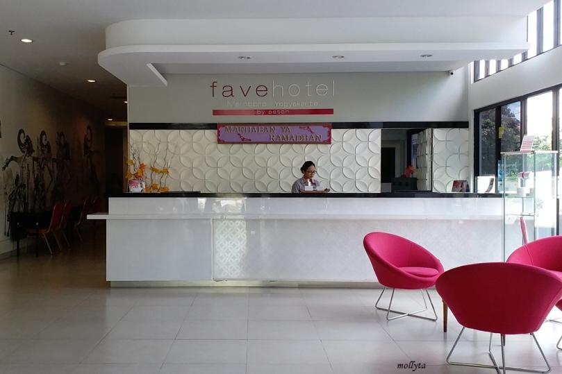 Lobby favehotel Malioboro Yogyakarta