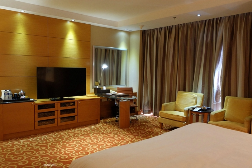 Kamar Executive Deluxe JW Marriott Hotel Medan 2