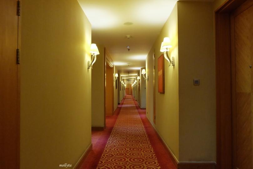 Lorong kamar di JW Marriott Hotel Medan
