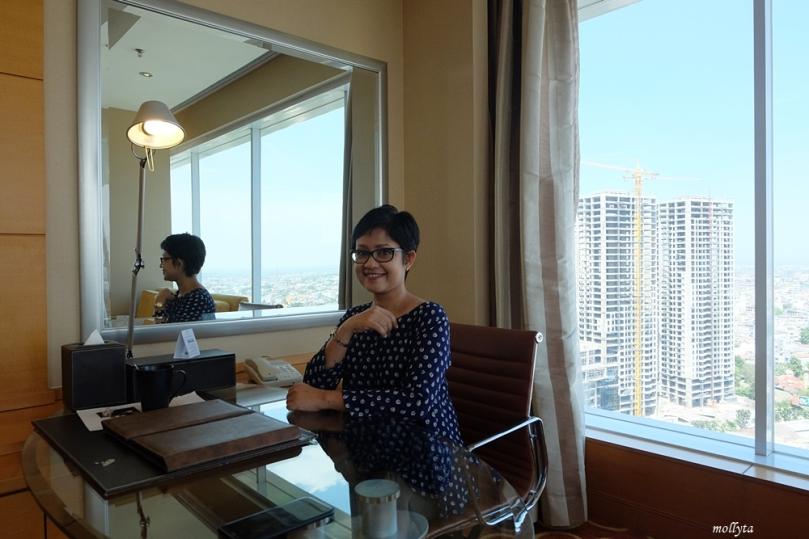 Kamar Executive Deluxe JW Marriott Hotel Medan