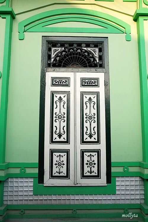 Pintu di Omah Kalang Kotagede