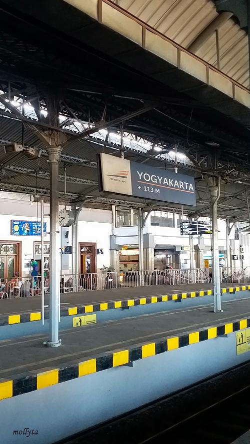 Stasiun Tugu di kota Yogyakarta