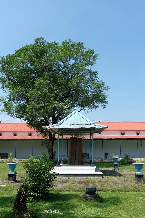 Halaman Museum Keraton Surakarta