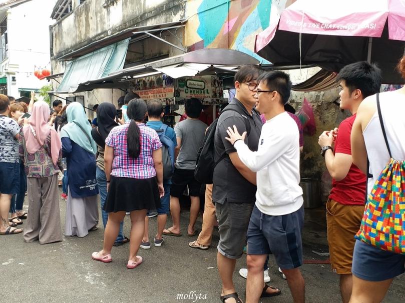 Antrian di Penang Road Famous Teochew Chendul
